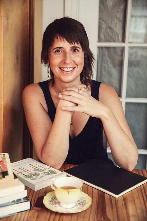 Joelle Hann - brooklynbookdoctor.com
